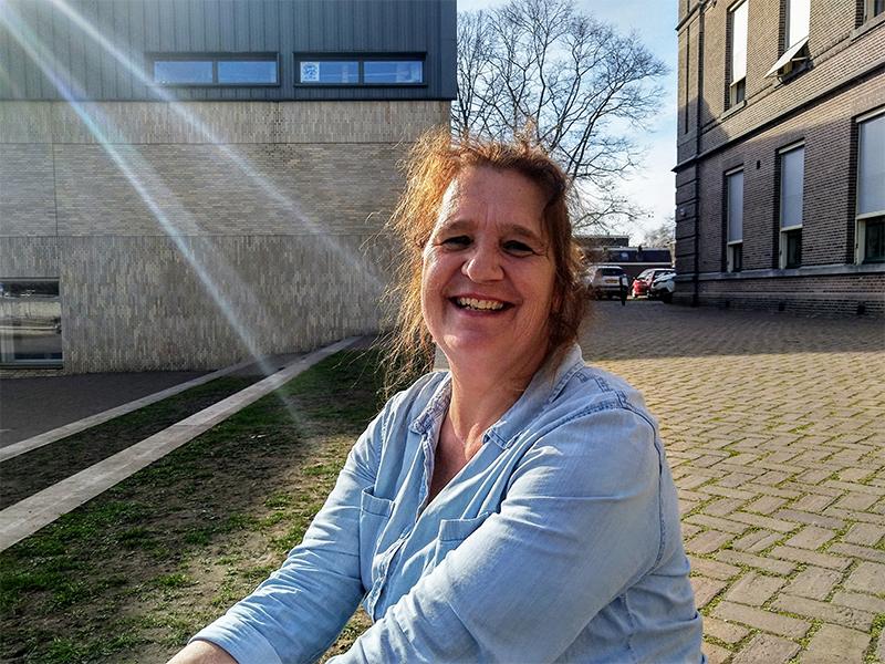 Anja van Hal